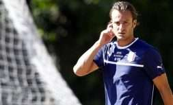 Italian player Alberto Gilardino arrives for a training session at the Coverciano sports center, near Florence, Italy, Wednesday Sept. 4, 2013 ahead of  2014 World Cup Group B qualifying soccer match between Italy and Bulgaria scheduled for Friday Sept. 6 in Palermo. (AP Photo/Fabrizio Giovannozzi)