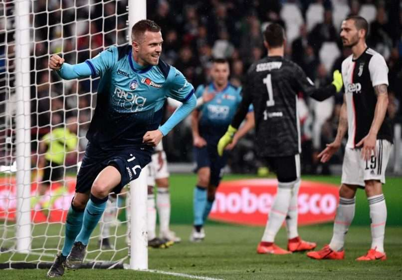 Atalanta's Slovenian midfielder Josip Ilicic celebrates after scoring during the Italian Serie A football match Juventus vs Atalanta on May 19, 2019 at the Allianz stadium in Turin. (Photo by Marco Bertorello / AFP)